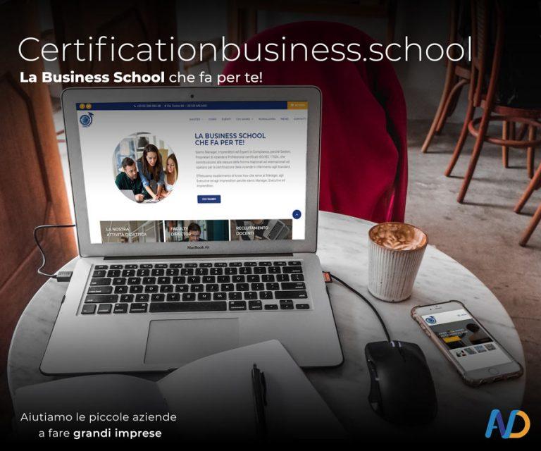 PresentazioneCertification Business School Mockup Più Sezioni Computer