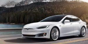 Tesla Guida Autonoma